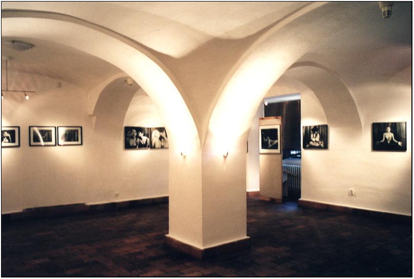 001_exhibition.jpg